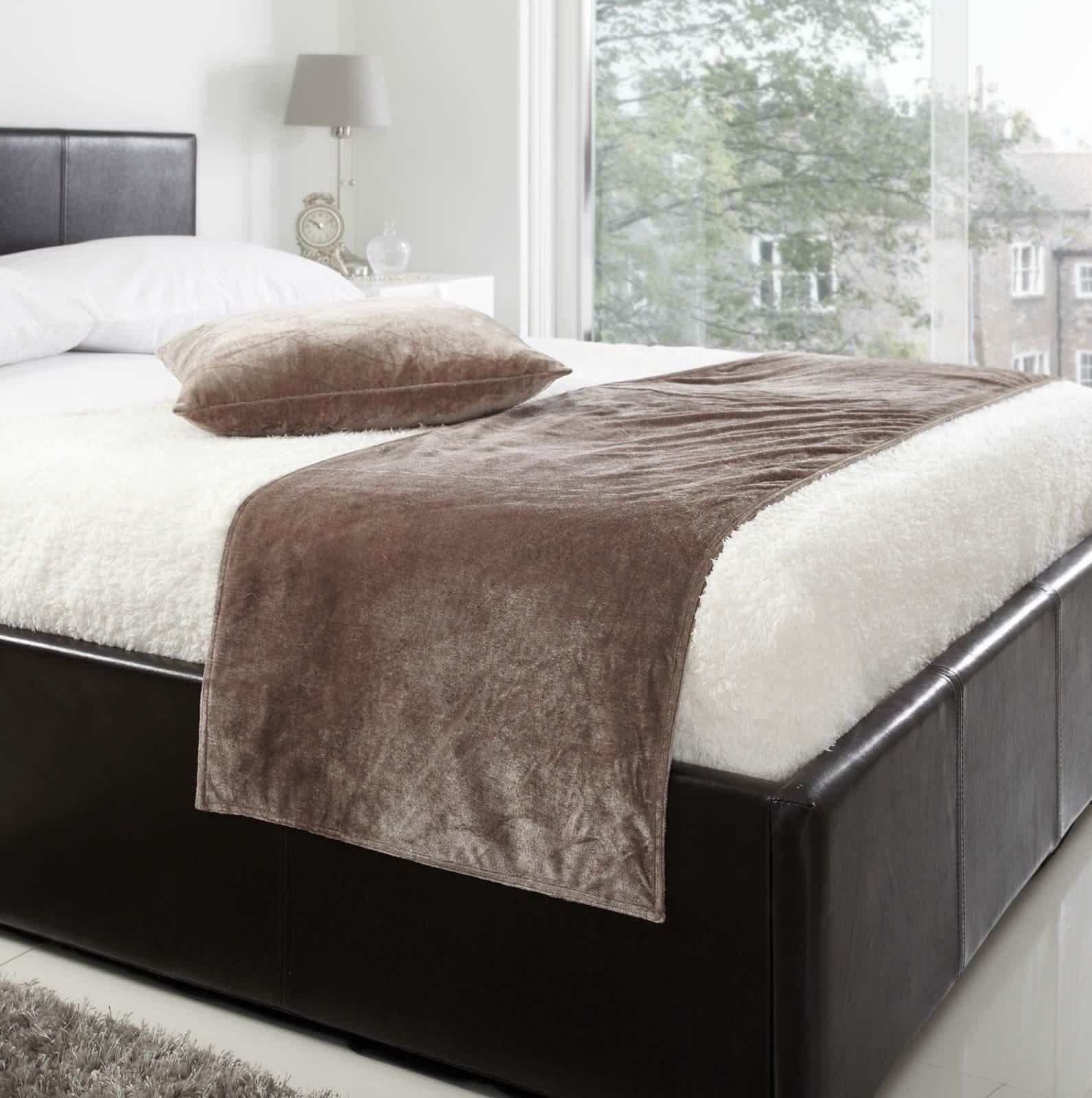 Как сшить дорожку на кровать